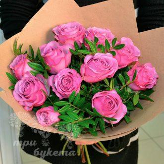 buket-iz-11-rozovykh-roz